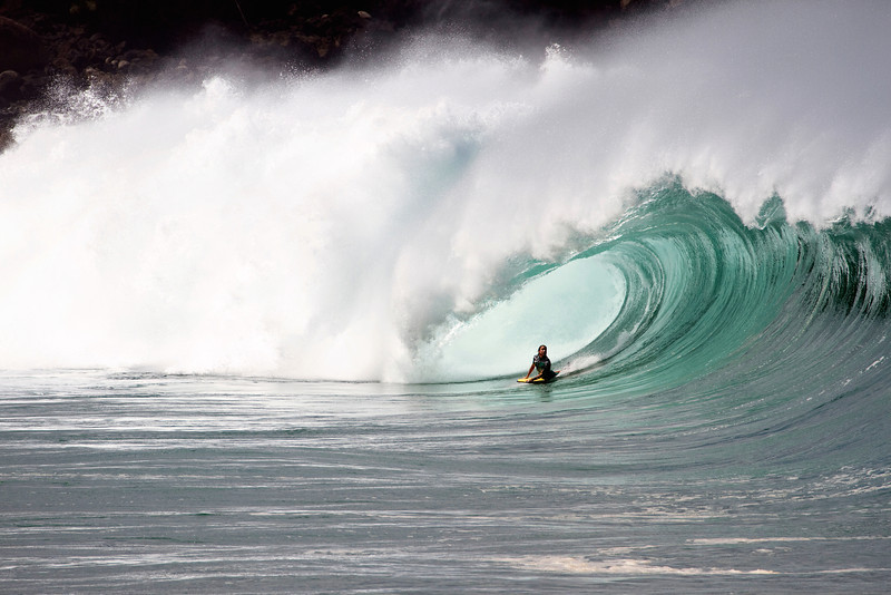 David_-Dubb-_Hubbard_at_Waimea_Shorebreak