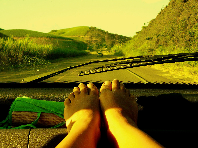 pé na estrada