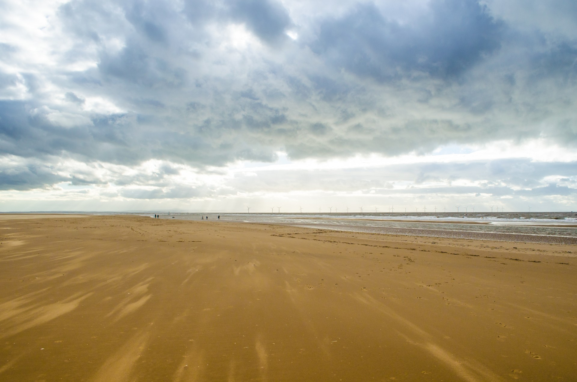 beach-and-cloudy-sky