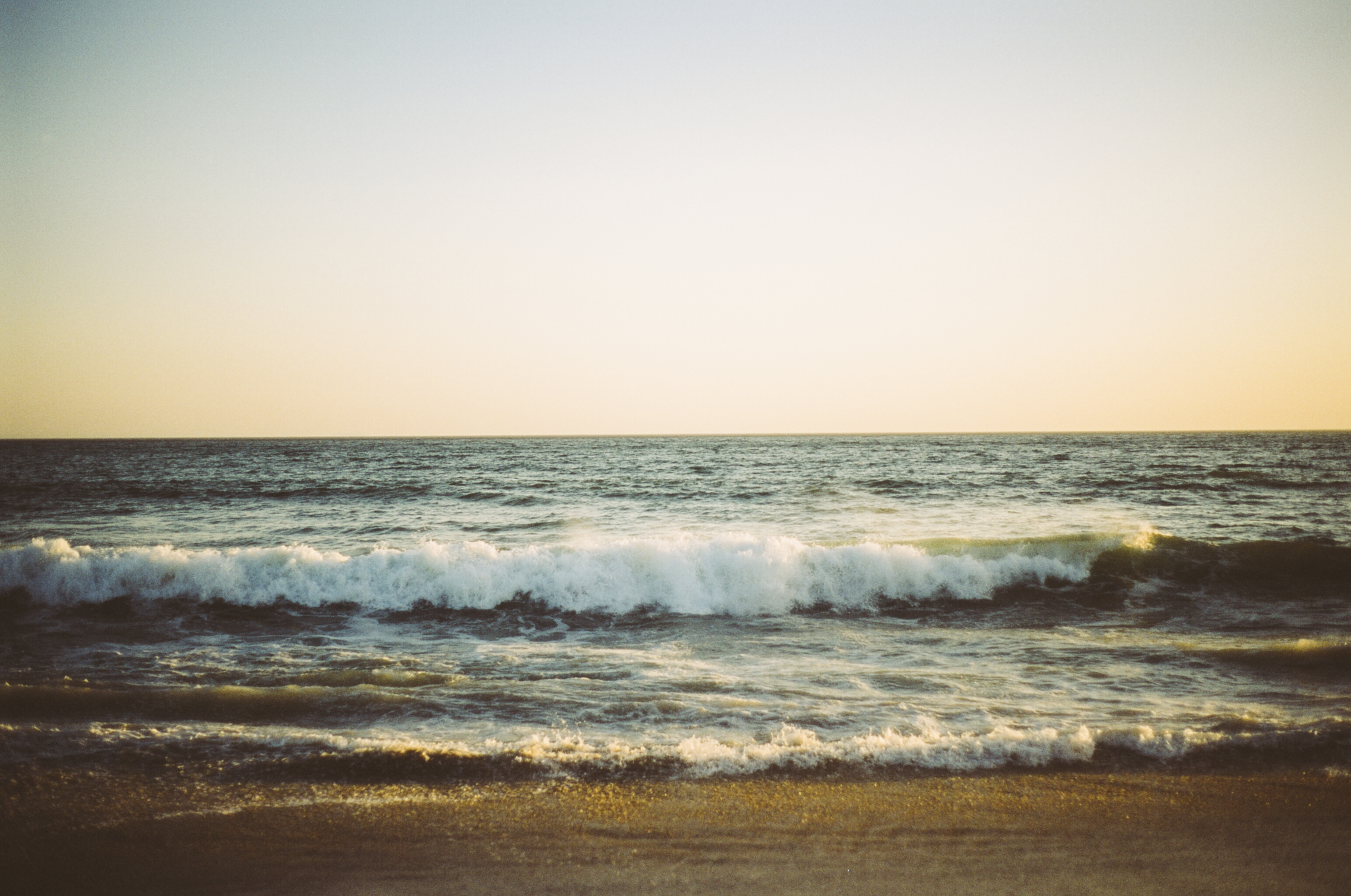 sea-beach-ocean-waves