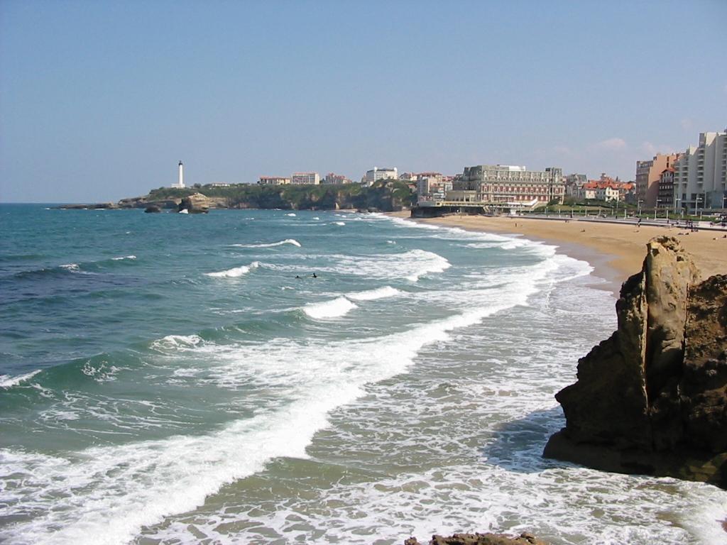 Biarritz_Phare_et_Grande_Plage